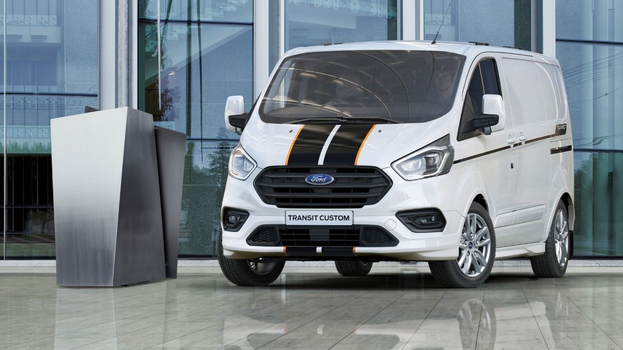 ford transit custom ford dealer van bunningen. Black Bedroom Furniture Sets. Home Design Ideas