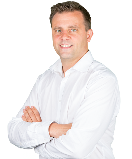 Arnold Smit - Service Manager